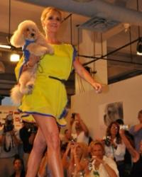 sonja-walking-the-runway-with-marley
